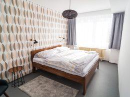 Ložnice v apartmánu 3+kk