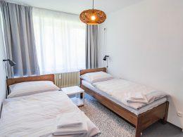 Druhá ložnice v apartmánu 3+kk